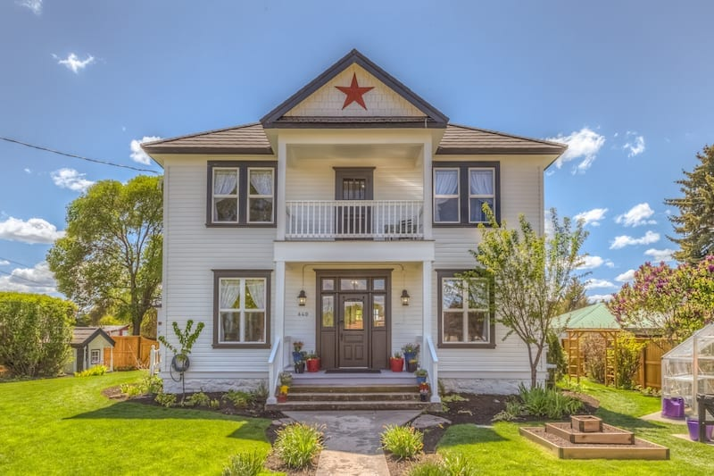 Crooked River Inn bed and breakfast in Prineville, Oregon.