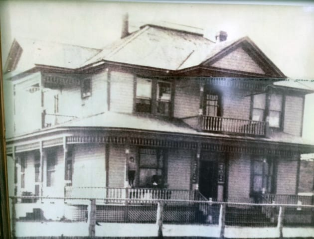 Historic image of Crooked River Inn in Prineville, Oregon.