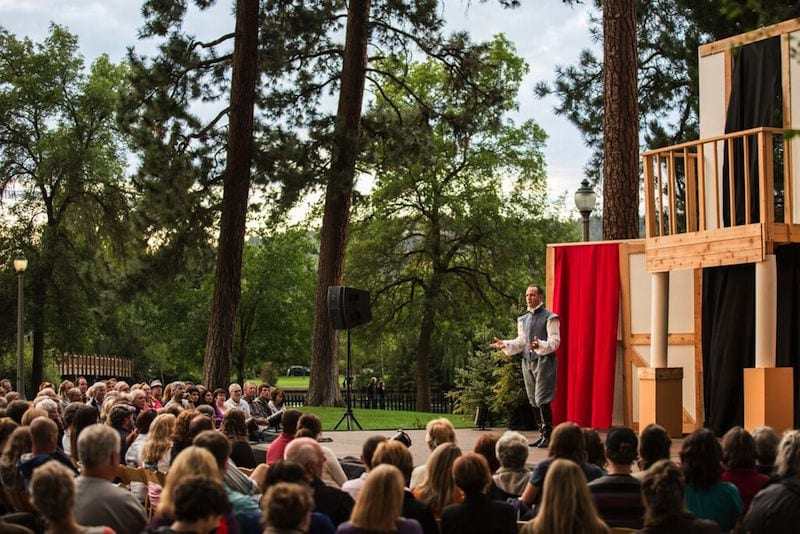 A performance of Shakespeare in the Park in Bend, Oregon