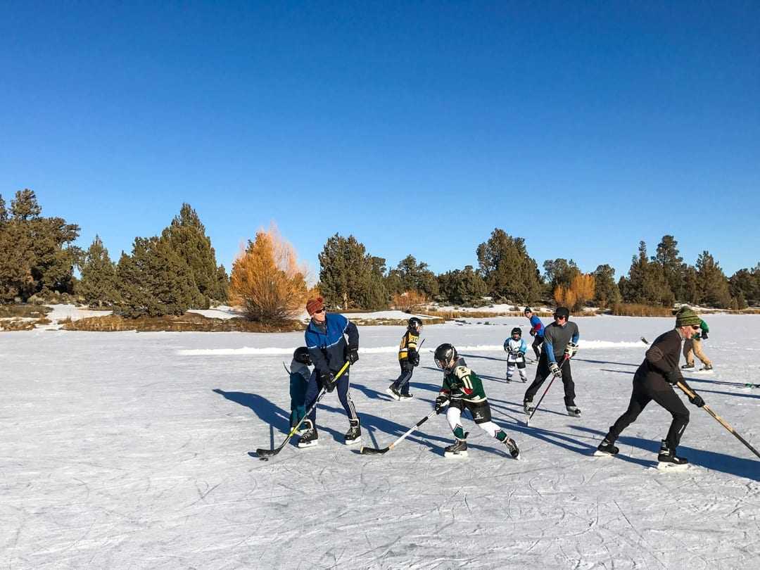 Find open ice this winter near Bend, Oregon to skate and play hockey